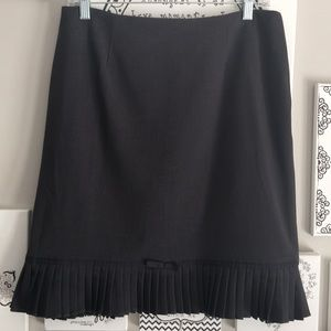 EUC charcoal grey pencil skirt.